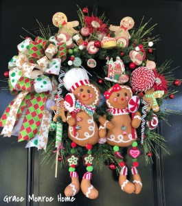Christmas Wreath with Gingerbread Men
