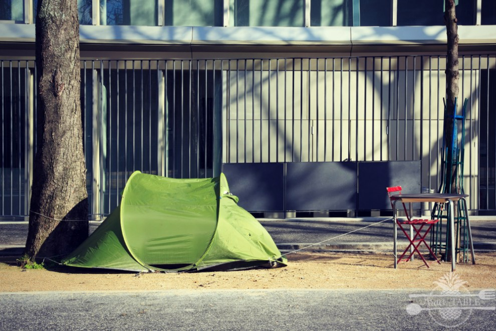 homeless tent