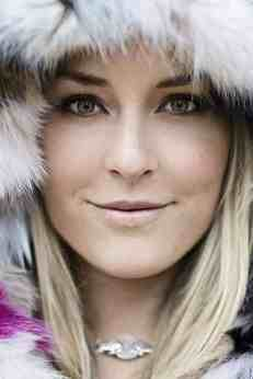 Lindsey Vonn - close up with fur hat