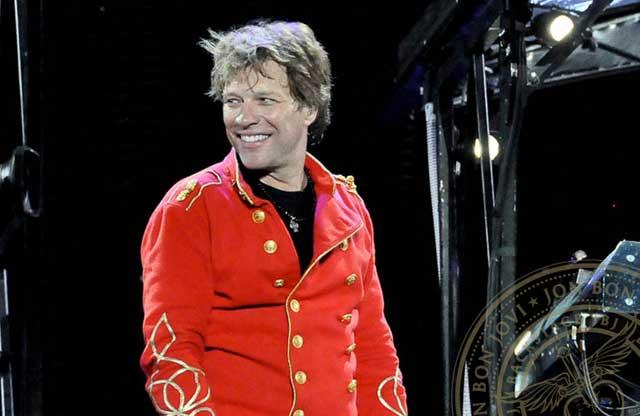 Jon Bon Jovi – Still Rocks In His Fashionable Way