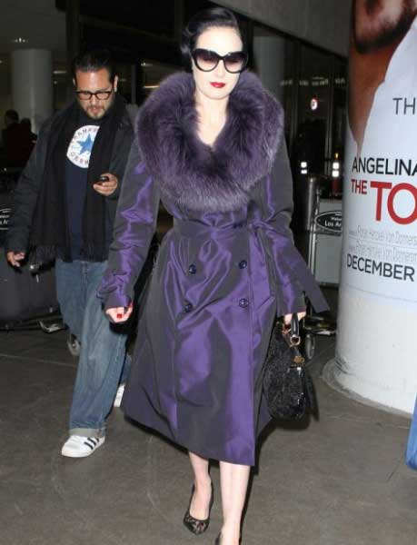 Airport Fashion Tips (2)