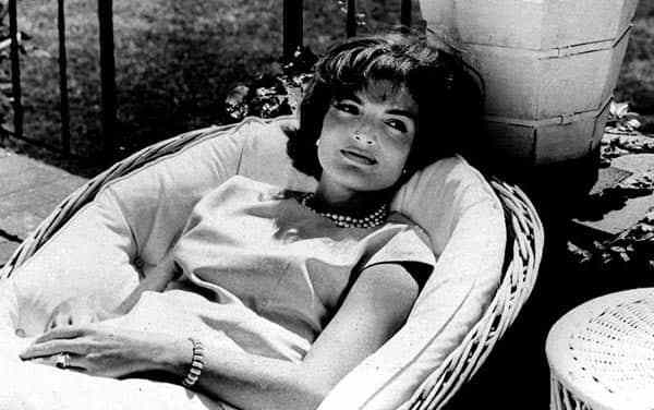 Jackie Kennedy-1960's Fashion Inspirational Tips