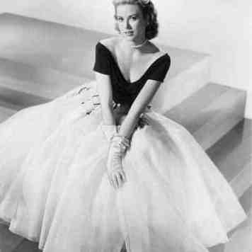 Grace Kelly Style - Fashion Beauty Icon, Master Of Accessories (13)
