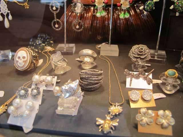 Barcelona - La Basilica Galeria, Quirky Gallery Of Jewellery & Art