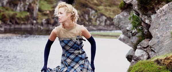 Sandra Murray – The Queens Wardrobe, Elizabeth Reigning In Style