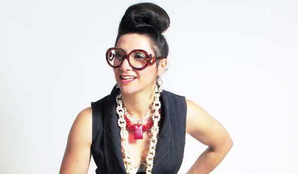 Prada Sunglasses – How To Wear Oversize Eyewear