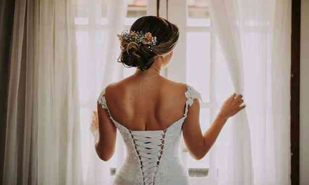 Corsets – How To Look Hot In The Bedroom And Beyond!