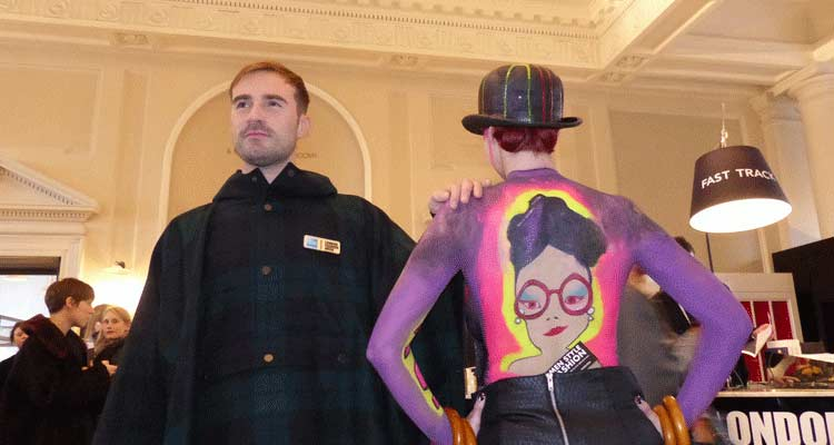 Body Art – Gracie Opulanza At London Fashion Week