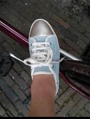 Bike-meet-bimba-and-lola-shoe