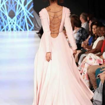 Haute-Couture-2012-Cavalry-4