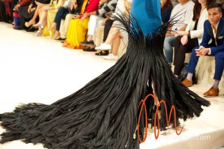 Fashion-Forward-Dubai-Couture-Jean-Louis-Sabaji-Feathers-Maria-Scard-Gracie-Opulanza-16