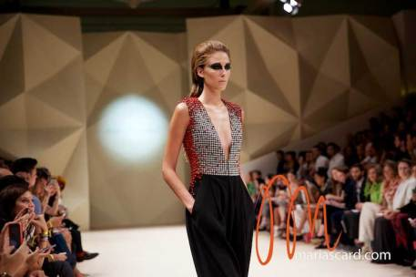 Fashion-Forward-Dubai-Couture-Jean-Louis-Sabaji-Feathers-Maria-Scard-Gracie-Opulanza-17