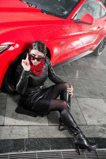 Ford Mustang GT V8 Gracie Opulanza fendi, leather dress 2015 (13)