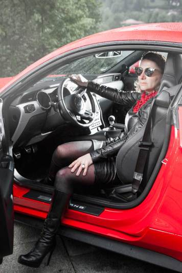 Ford Mustang GT V8 Gracie Opulanza fendi, leather dress 2015 (9)