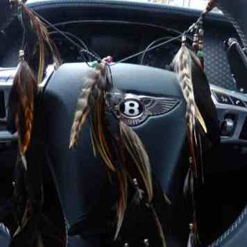 Gracie Opulanza feathers Bentley