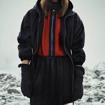 Belstaff Womenswear Autumn Winter 2016 Rory Payne Look (4)