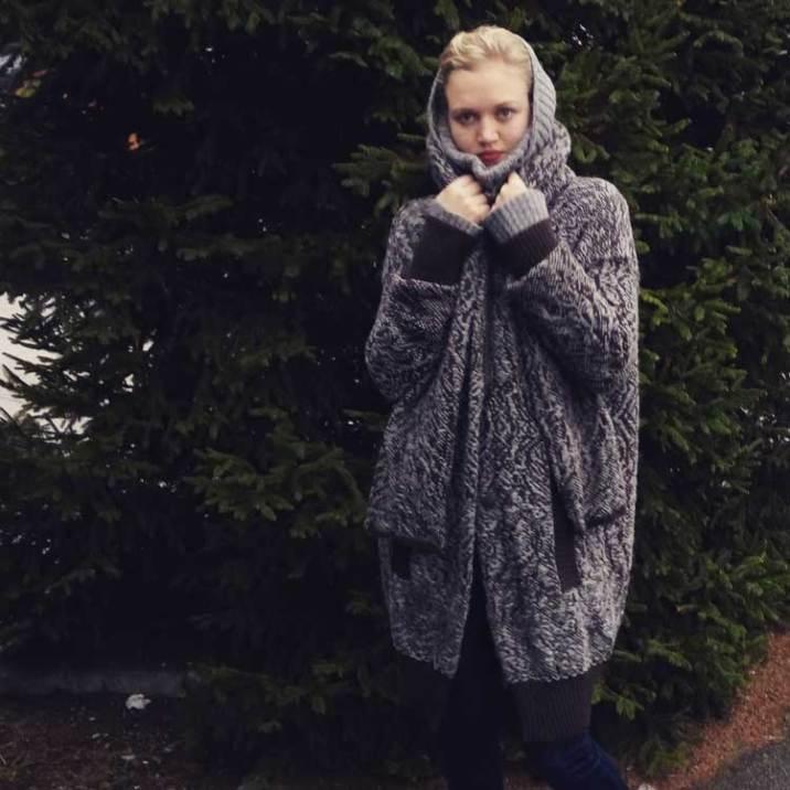 mihaela-markovic-weaver-knitwear-croatia-looking-glass-collection-7