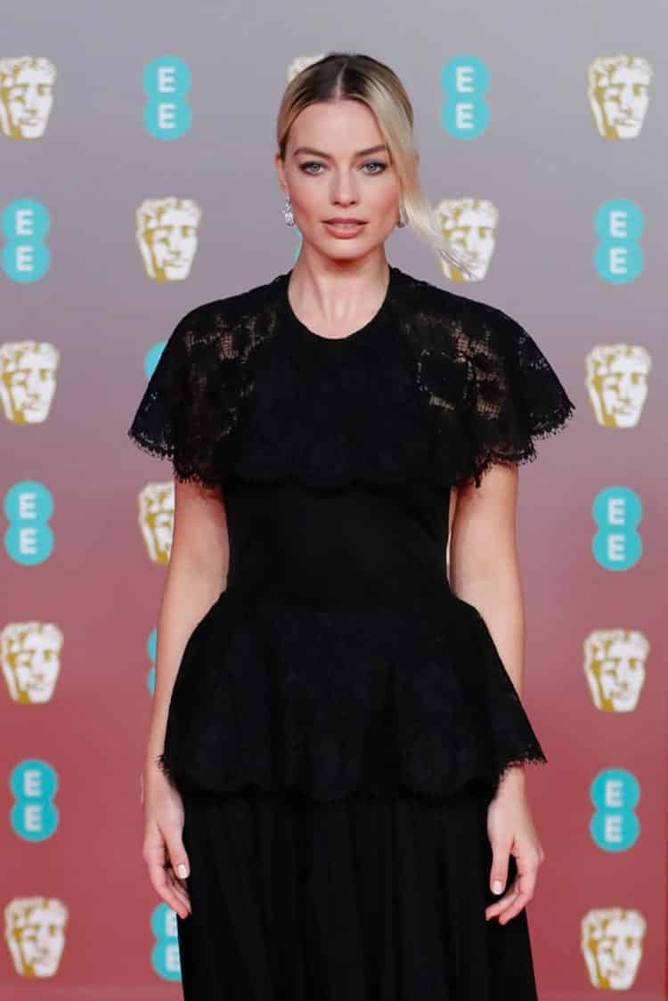 margot-robbie-bafta-awards-dress-2020