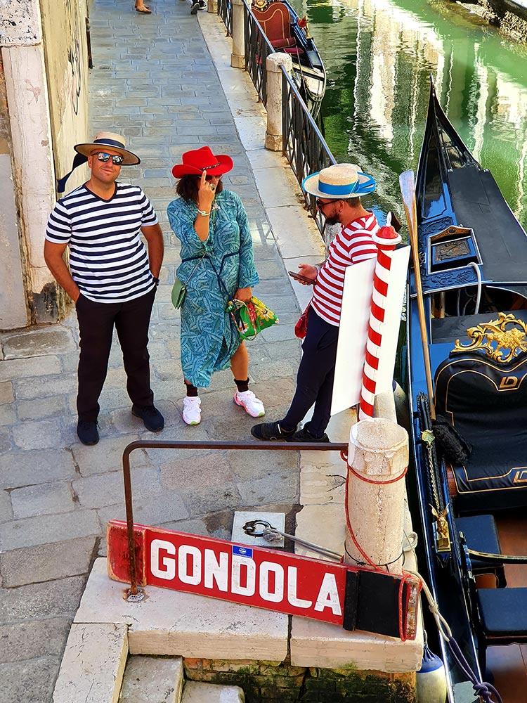 Gondolier Stetson Europe Gracie Opulanza venice summer 2020 red felt amasa hat (2)