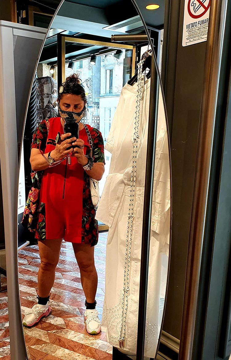 Trainer Chic - Stylish Travel Footwear