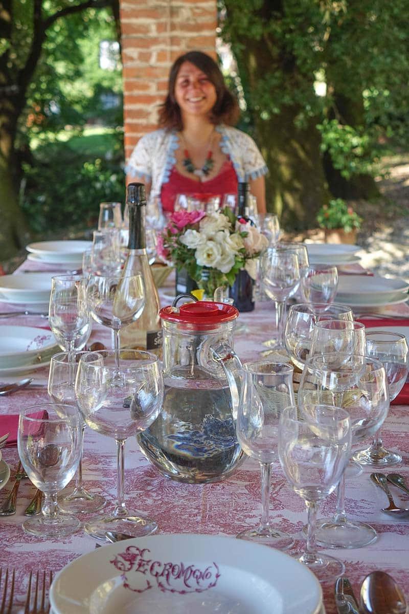 Al Fresco dining at fattoria Mansi Bernardini
