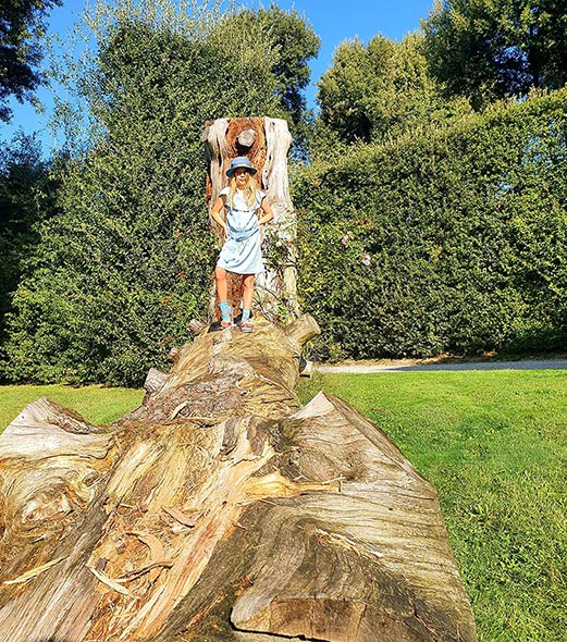 Villa-Reale-Tuscany-Lucca-log-climbing-for-kids