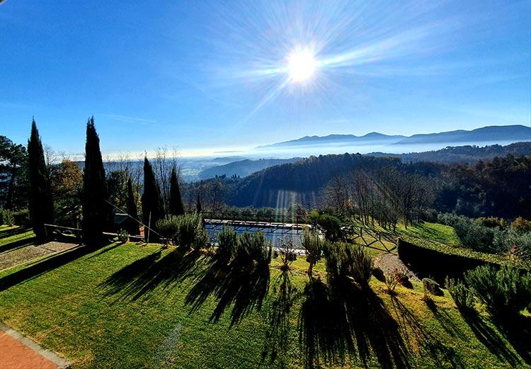 Villa Tuscany Lucca view Gracie Opulanza