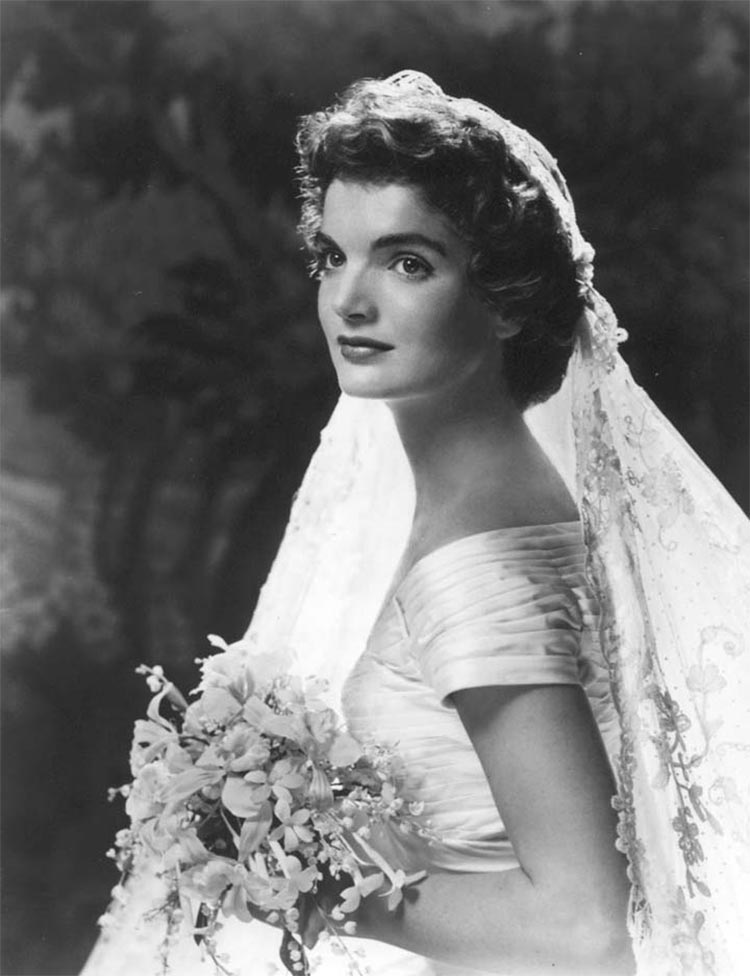 1950's wedding dress veils