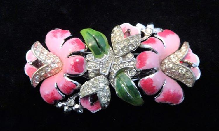 Coro 1900s-1970sEmanuel Cohn and Gerald Rosenberg are the founders of Coro Jewelry