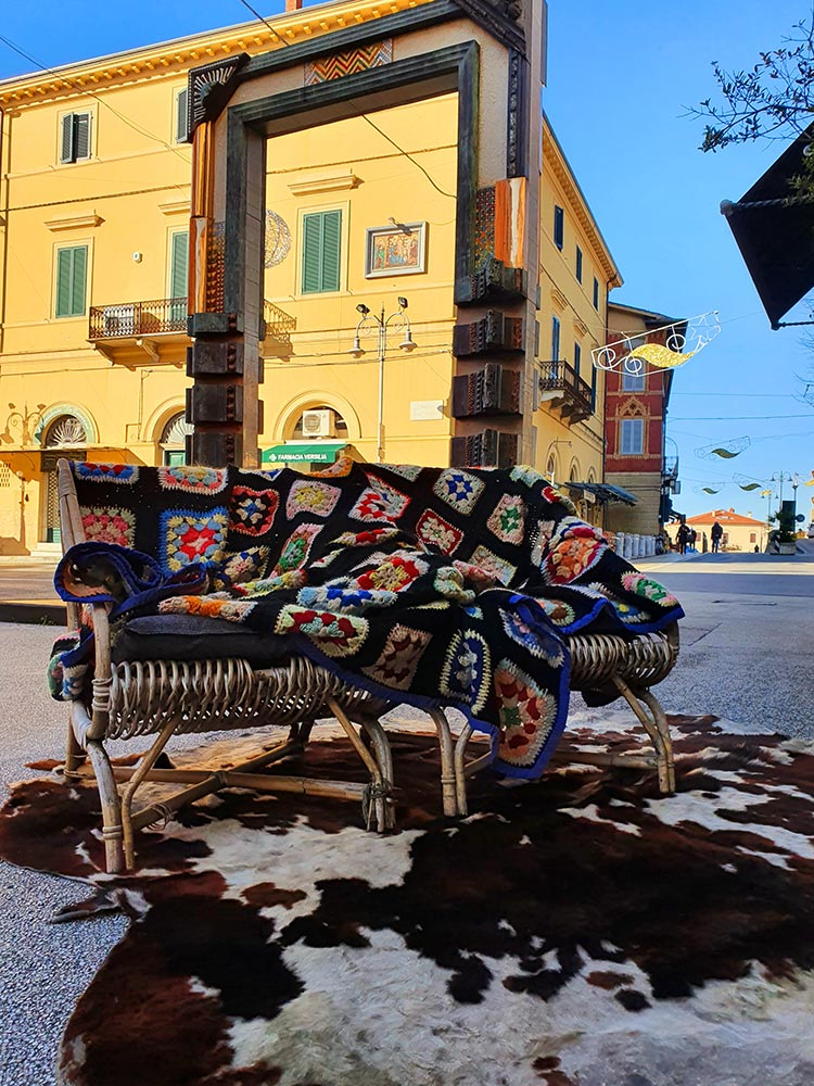 What to Wear Over Fifty - Layered Style Tips gracie opulanza 2021 fashion italy (2)