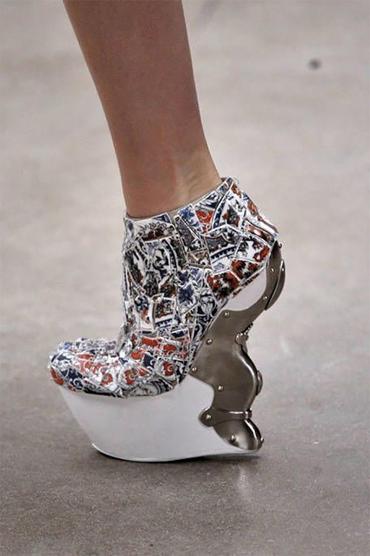 pincer shoes alexander mcqueen high heels
