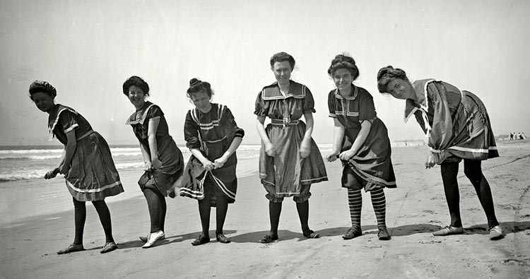 Swimwear Victorian Era (2)