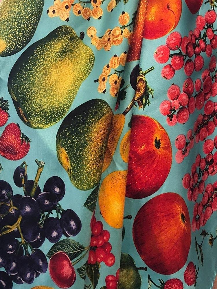 GUCCI-Vintage-Fruits-Print-Silk-Scarf-Blue-Rare