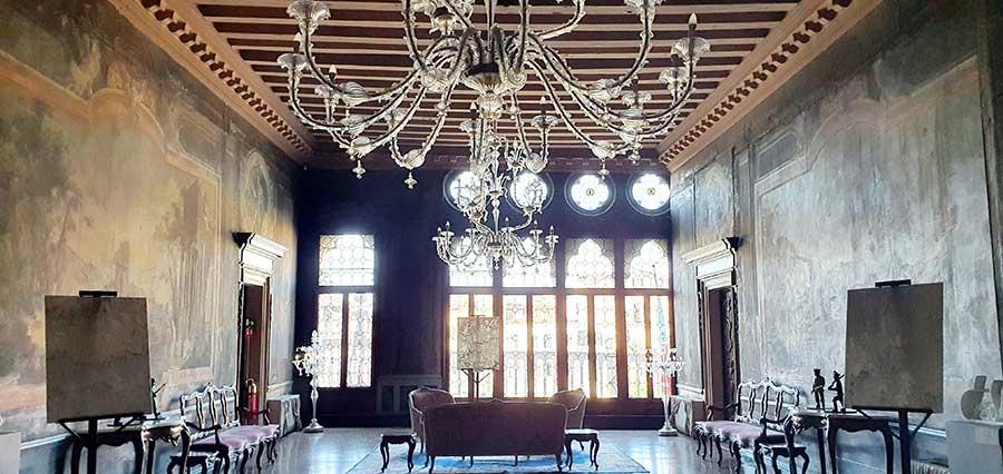 tapestry Ca Sagredo palazzo venice italy hotel (4)