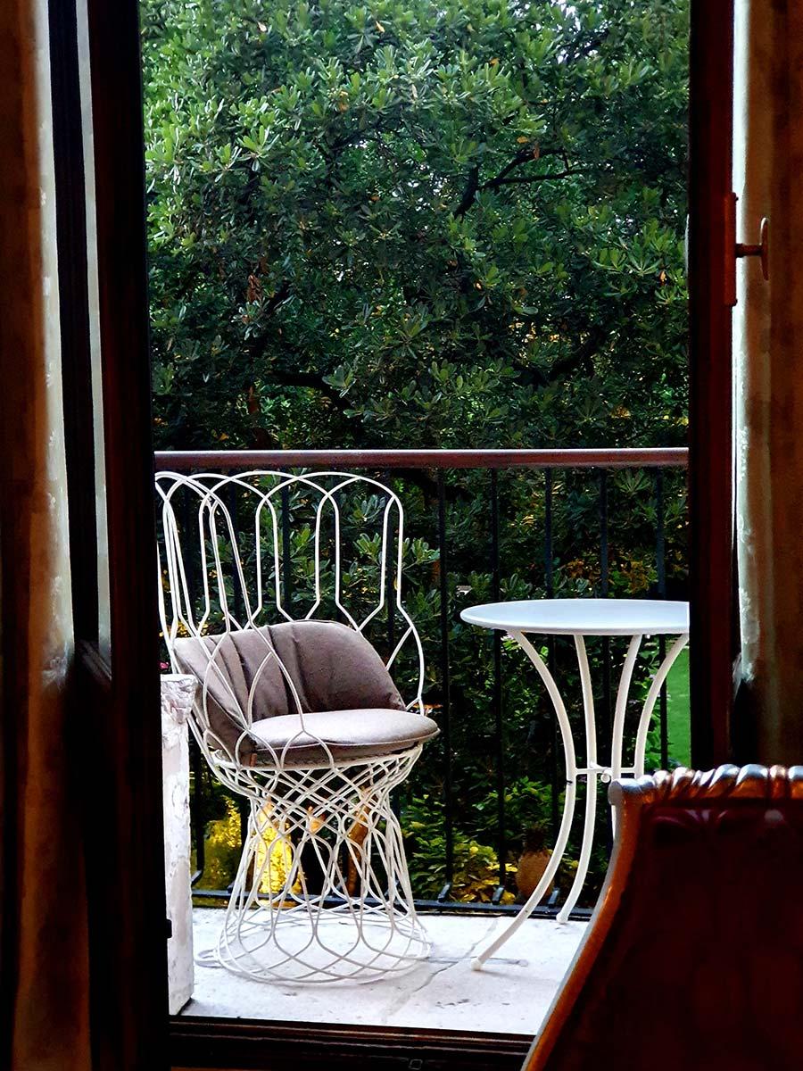interior design chairs
