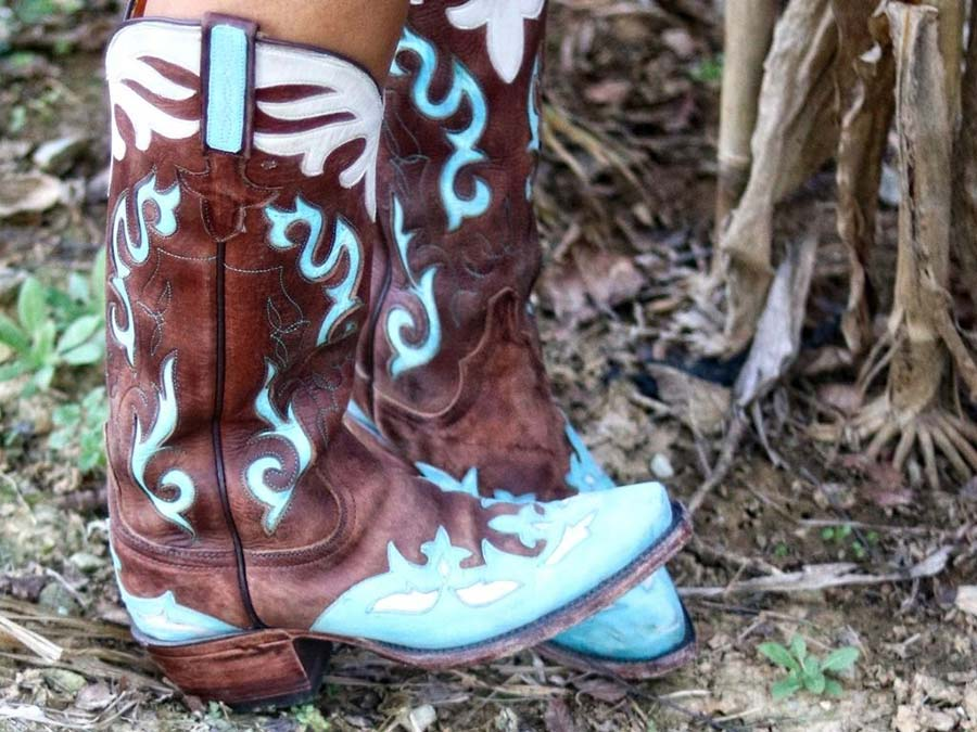 Embroidery Cowboy Boots