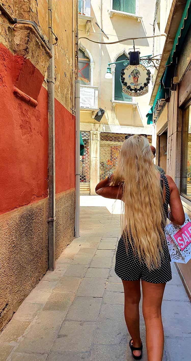 long blonde hair pantene