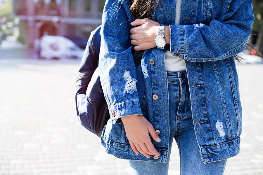 4 Cool And Trendy Ways To Upgrade Your Old Clothes