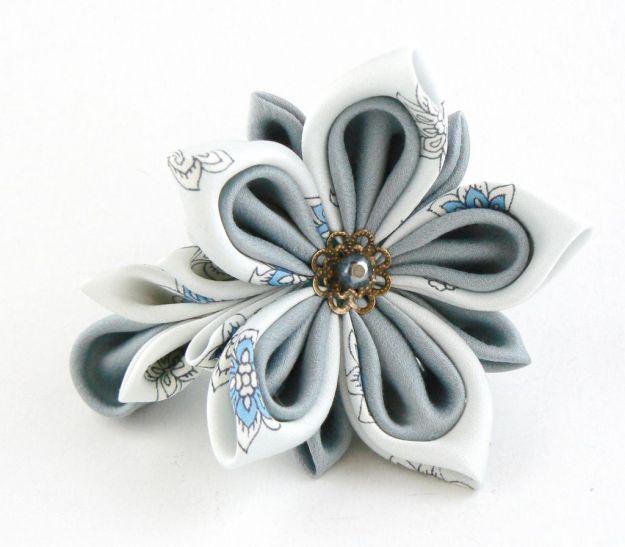 Floare bleu opal matase clama par kanzashi