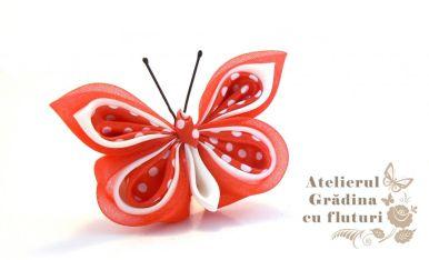 Broşă unicat cu fluture din organza roşie, mătase albă şi satin roşu cu buline albe. - Rezervată