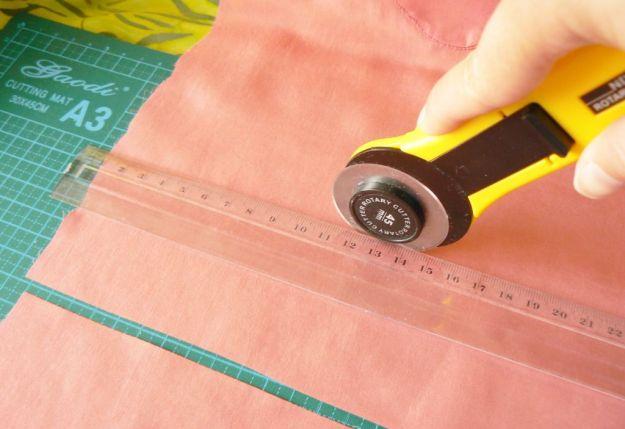 Cum pregatesti materialele - cutterul rotativ