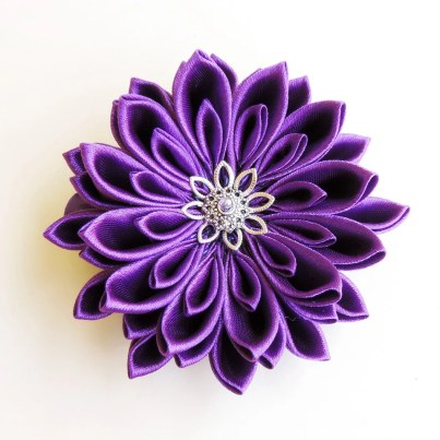 Purple satin chrysanthemum - DIY tutorial
