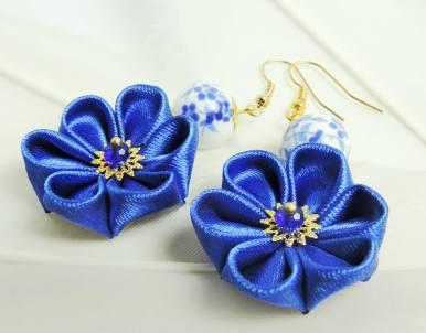 Fabric flower earrings - intense blue