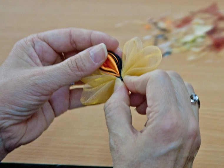 Tutorial satin organza butterfly - workshop still