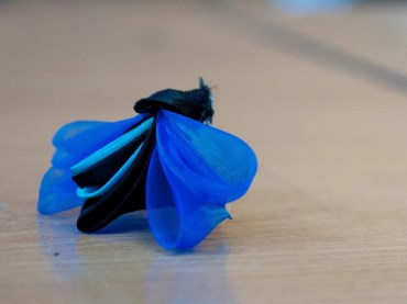 Tutorial satin organza butterfly - electric blue