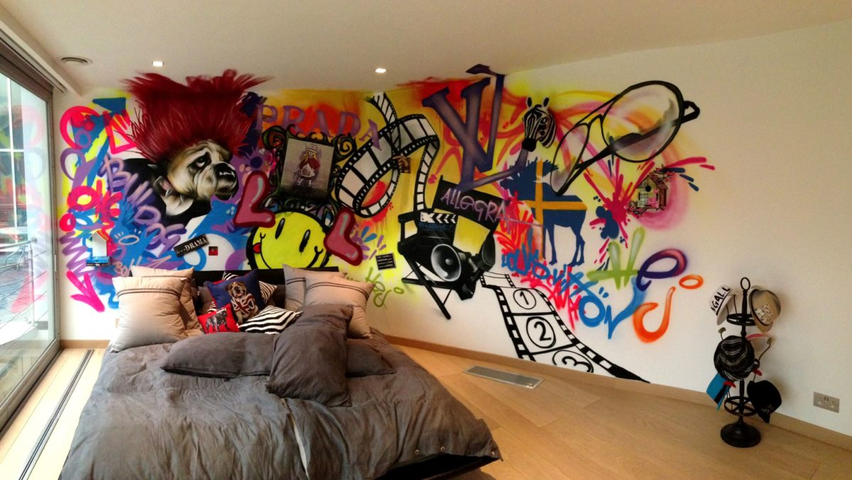 Bedroom Graffiti muralGraffiti Bedroom Walls from a Contemporary Street Artist  . Graffiti Bedroom Decorating Ideas. Home Design Ideas