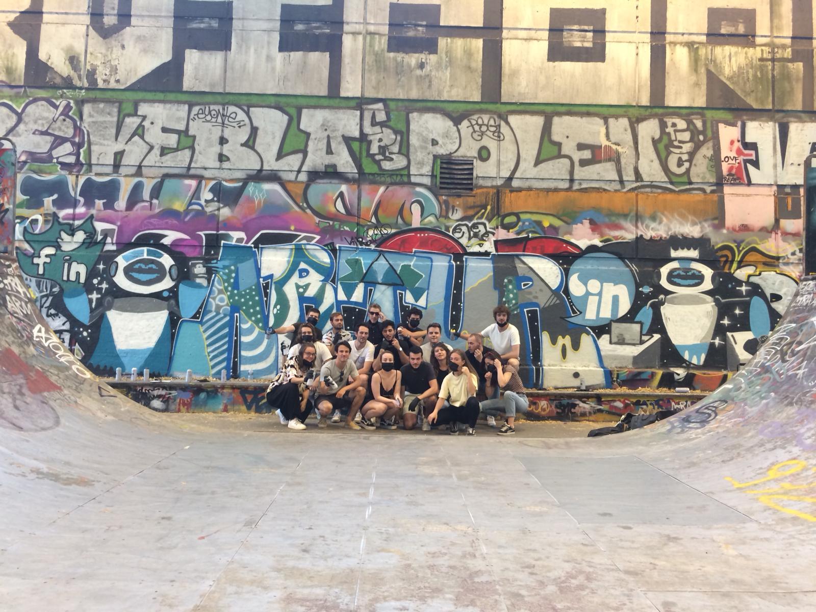 team building street art graffiti paris jeunes entreprise activité