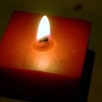 Płonąca świeczka