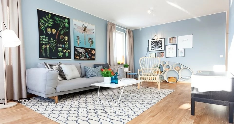 Pastel-blue-Scandinavian-interior-1-960x510