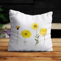 Buitenkussen yellow flowers